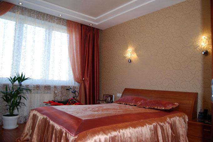 Спальня (монтаж бра, оклейка обоями)
